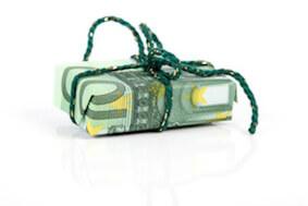 Klein aber wertvoll: Hübsch verpacktes Geldgeschenk