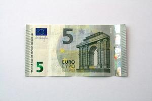 Geld Herz falten Anleitung Schritt 1