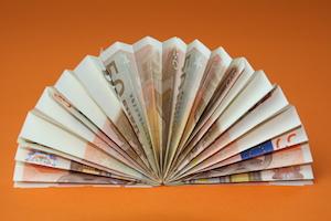Geldfächer aus Geldscheinen gefaltet