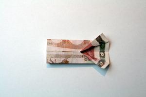 Anleitung Hemd aus 10-Euro-Schein falten Schritt 7