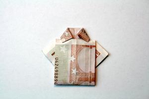 Hemd aus 10-Euro-Schein