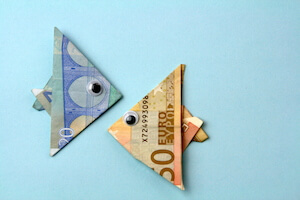 Fisch aus Geldschein falten